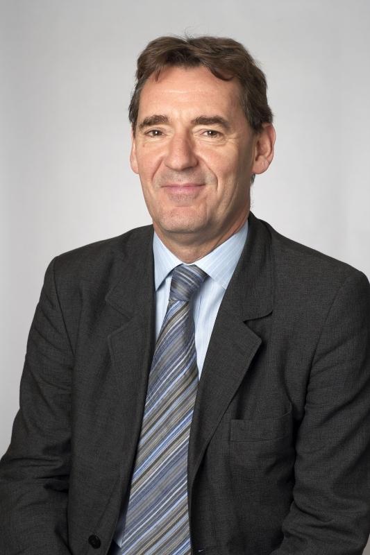 الصورة : جيم اونيل - رئيس «تشاتم هاوس»، رئيس سابق لإدارة الأصول في «غولدمان ساكس»، وزير سابق للخزانة في المملكة المتحدة.