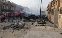 الصورة: الصورة: بالفيديو.. قتلى بانفجار سيارة مفخخة في القامشلي السورية