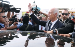 الصورة: الصورة: استطلاعات: قيس سعيّد رئيساً لتونس