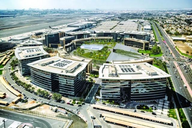 12 % مساهمة «دافزا» في تجارة دبي الخارجية للنصف الأول - البيان