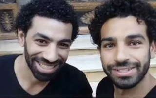 بالفيديو..شبيه محمد صلاح يفجر مفاجأة مدوية