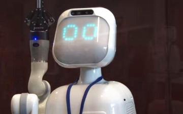الصورة: الصورة: الروبوت «دافنشي» يمنح المرضى فرصة الشفاء العاجل