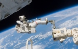 الصورة: الصورة: كل ما تود معرفته عن السير في الفضاء!