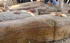 الصورة: الصورة: مصر تعلن عن كشف أثري ضخم لتوابيت فرعونية