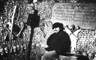 الصورة: الصورة: «سراديب» الثورة الفرنسية..حكايات وإضاءات بلغة الكاميرا
