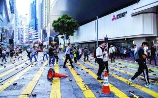 الصورة: الصورة: متظاهرو هونغ كونغ يصعّدون العنف والتخريب