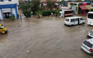 الصورة: الصورة: أمطار غزيرة تودي بحياة فتاة تونسية والسلطات توقف الدراسة