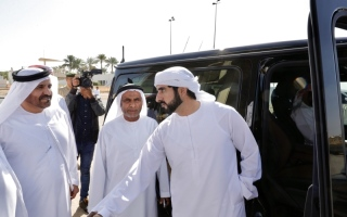 حمدان بن محمد يشهد تحديات اللقايا في المرموم