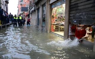 الصورة: الصورة: طوارئ في البندقية بسبب الفيضانات