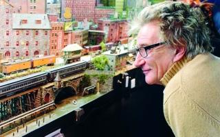 الصورة: الصورة: مغني الروك رود ستيوارت يصمم مدينة «مبدعة»