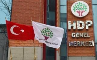 الصورة: الصورة: تركيا تعزل 4 رؤساء بلديات من الأكراد