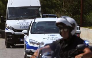 """الصورة: الصورة: الشرطة القبرصية تضبط حافلة """"تجسس"""" يملكها إسرائيلي"""