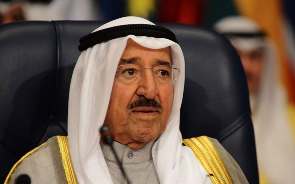 الصورة: الصورة: أمير الكويت يبعث ببرقية تعزية إلى رئيس الدولة