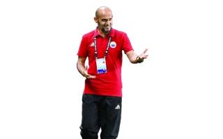 الصورة: الصورة: عبدالعزيز العنبري: اصبروا على «الأبيض» ومارفيك من أفضل المدربين