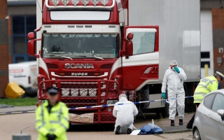 الصورة: الصورة: العثور على 25 مهاجراً داخل شاحنة مبردة في هولندا