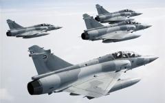 الصورة: الصورة: وزارة الدفاع توقع عقدا مع شركة فرنسية لصيانة ذخائر طائرات ميراج 2000