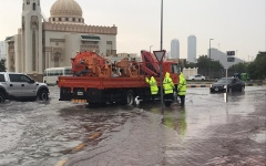 الصورة: الصورة: أمطار غزيرة ومتوسطة على مناطق متفرقة في الشارقة