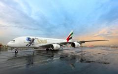 """الصورة: الصورة: ملصق """"دولة الإمارات في الفضاء"""" على طائرة الإمارات A380"""