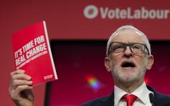 الصورة: الصورة: لماذا يريد حزب العمال العودة ببريطانيا 40 عاماً إلى الوراء؟