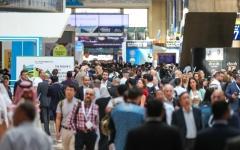 الصورة: الصورة: «الخمسة الكبار»: الإمارات ترسي عقود بناء بـ175 ملياراً في 2019