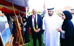 الصورة: الصورة: الإمارات تحيي اليوم الوطني الـ48 بأسمى معاني الانتماء وحب الوطن