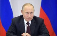 الصورة: الصورة: بوتين يفرض التطبيقات الروسية  على الهواتف والحواسيب