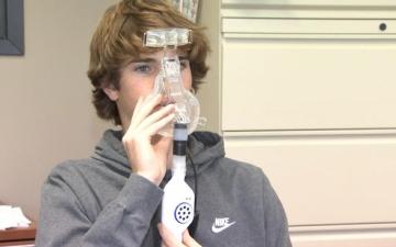 الصورة: الصورة: ابتكار يساعد واضعي أقنعة الأوكسجين على التواصل