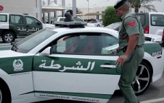الصورة: الصورة: 12 ألف درهم مخالفة قيادة مركبة بطريقة تعرض حياة الآخرين للخطر بدبي