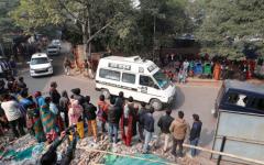 الصورة: الصورة: وفاة ضحية اغتصاب في الهند بعد إشعال النيران فيها
