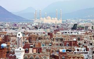الصورة: الصورة: العقارات في اليمن.. إتاوات وابتزاز حوثي وصولاً للنهب