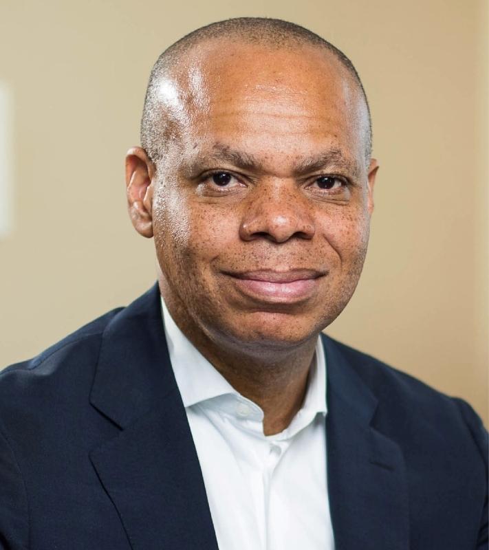 الصورة : باتريك غاسبارد - سفير الولايات المتحدة السابق في جنوب أفريقيا. ورئيس مؤسسات المجتمع المنفتح.