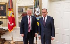 الصورة: الصورة: ترامب يحذر موسكو من أي تدخل