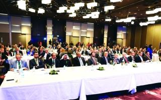 الإمارات الأولى عالمياً بالاستثمار في مصر