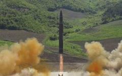 الصورة: الصورة: كوريا الشمالية تجري تجربة حاسمة في موقع لإطلاق الأقمار الصناعية