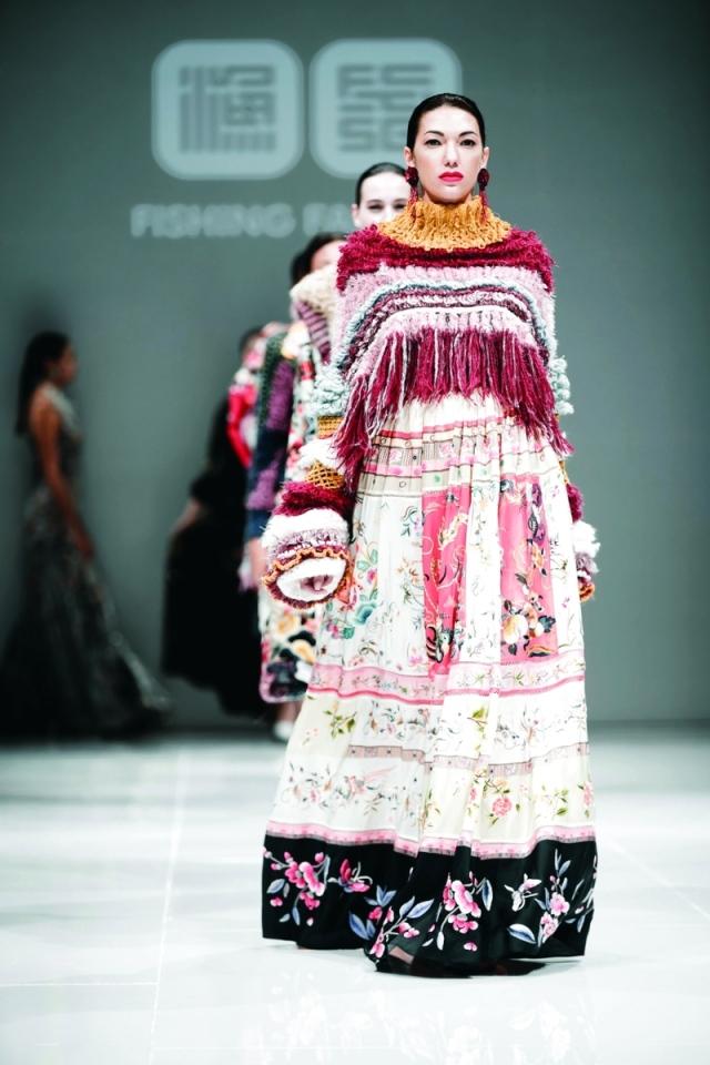 أيام دبي للموضة.. عشق الأزياء يعانق الفخامة - البيان