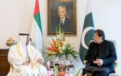الصورة: الصورة: محمد بن زايد يبحث في إسلام آباد مع رئيس وزراء باكستان تعزيز العلاقات الثنائية