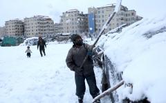 الصورة: الصورة: موجة برد تودي بحياة 17 أفغانيا على الأقل