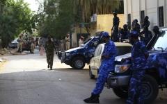 الصورة: الصورة: إطلاق نار كثيف في قاعدتين لقوات الأمن في الخرطوم