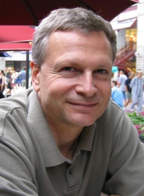 الصورة : داني رودريك -  أستاذ الاقتصاد السياسي الدولي في كلية جون كينيدي في جامعة هارفارد، وهو مؤلف كتاب «حديث صريح حول التجارة: أفكار من أجل اقتصاد عالمي عاقل».