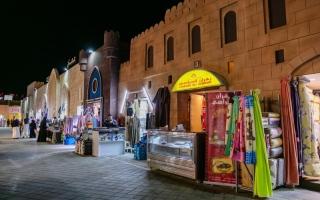 الصورة: الصورة: جناحا عمان والبحرين بمهرجان الشيخ زايد.. ثراء وتنوع