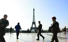 الصورة: الصورة: تحركات فرنسية لمنع تمدد «الإخوان»