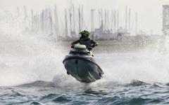 الصورة: الصورة: شواطئ دبي تدشّن الموسم العالمي للدراجات المائية غداً