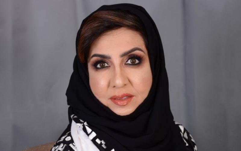 الصورة: الصورة: أميمة الخميس تشارك في «الإمارات للآداب»