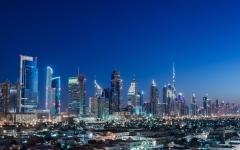 الصورة: الصورة: بدل تذاكر السفر لموظفي حكومة دبي حسب القانون الجديد