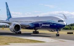 """الصورة: الصورة: شاهد.. بوينغ """"777-إكس"""" العابرة للقارات في رحلتها التجريبية الأولى"""