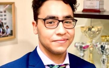 الصورة: الصورة: طالب في دبي يحصل على أعلى درجة في العلوم عالميا