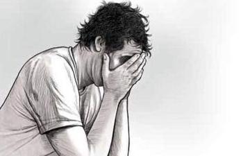 الصورة: الصورة: مأساة .. زوجة تزيد جراعات دواء الاكتئاب لزوجها لتحصل على الطلاق