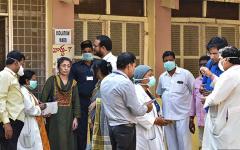 الصورة: الصورة: الهند والفلبين تعلنان عن أول إصابة بفيروس كورونا