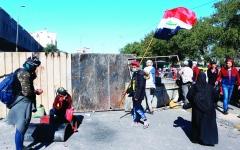 الصورة: الصورة: «تكليف علاوي» يفشل في تهدئة الشارع العراقي