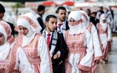 الصورة: الصورة: «عرسان غزة».. حياة هانئة تنتهي بالسجن
